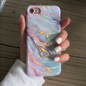 Velvet Caviar iPhone 7/8 Holo Marble Case